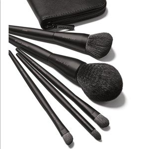 Mary Kay five piece brush set with zip case